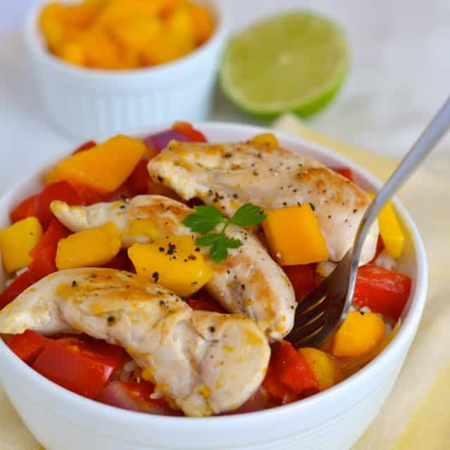 Bell Pepper, Mango and Red Onion Chicken