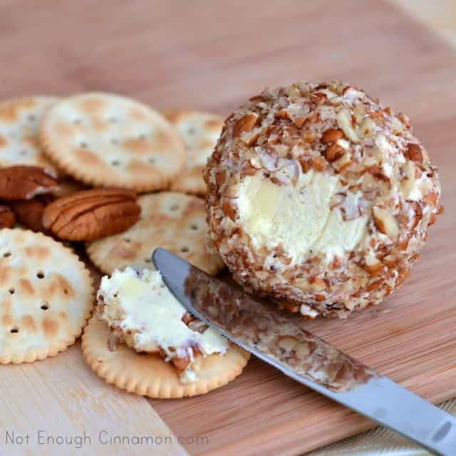 Game-day Pecan Cheese Balls
