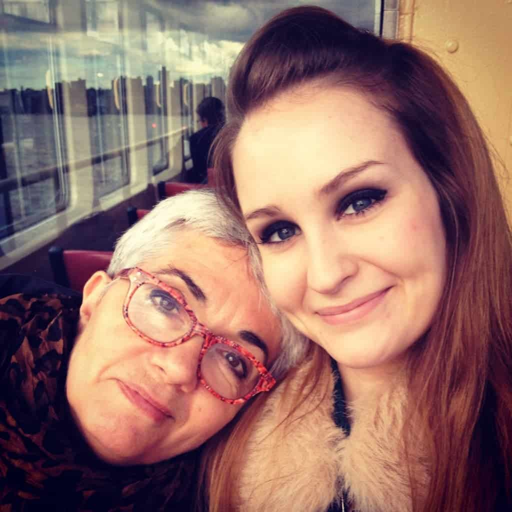 family picture of mother and daughter in Sidney