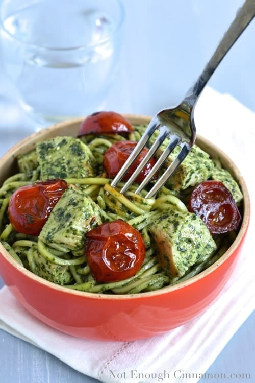 Pesto Zucchini Pasta with Chicken and Tomato - www.notenoughcinnamon.com