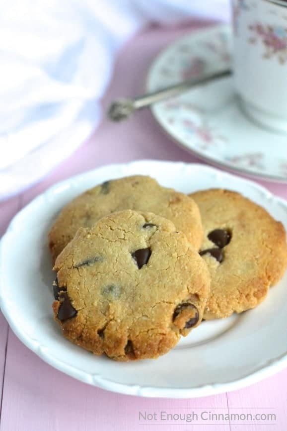 These almond chocolate chips cookies make a delicious gluten free and healthy treat! - NotEnoughCinnamon.com