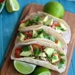 Looking for a delicious Mexican dinner idea? Try these Shredded Chicken Tacos (Tacos de Pollo a la Mexicana) #recipe #glutenfree