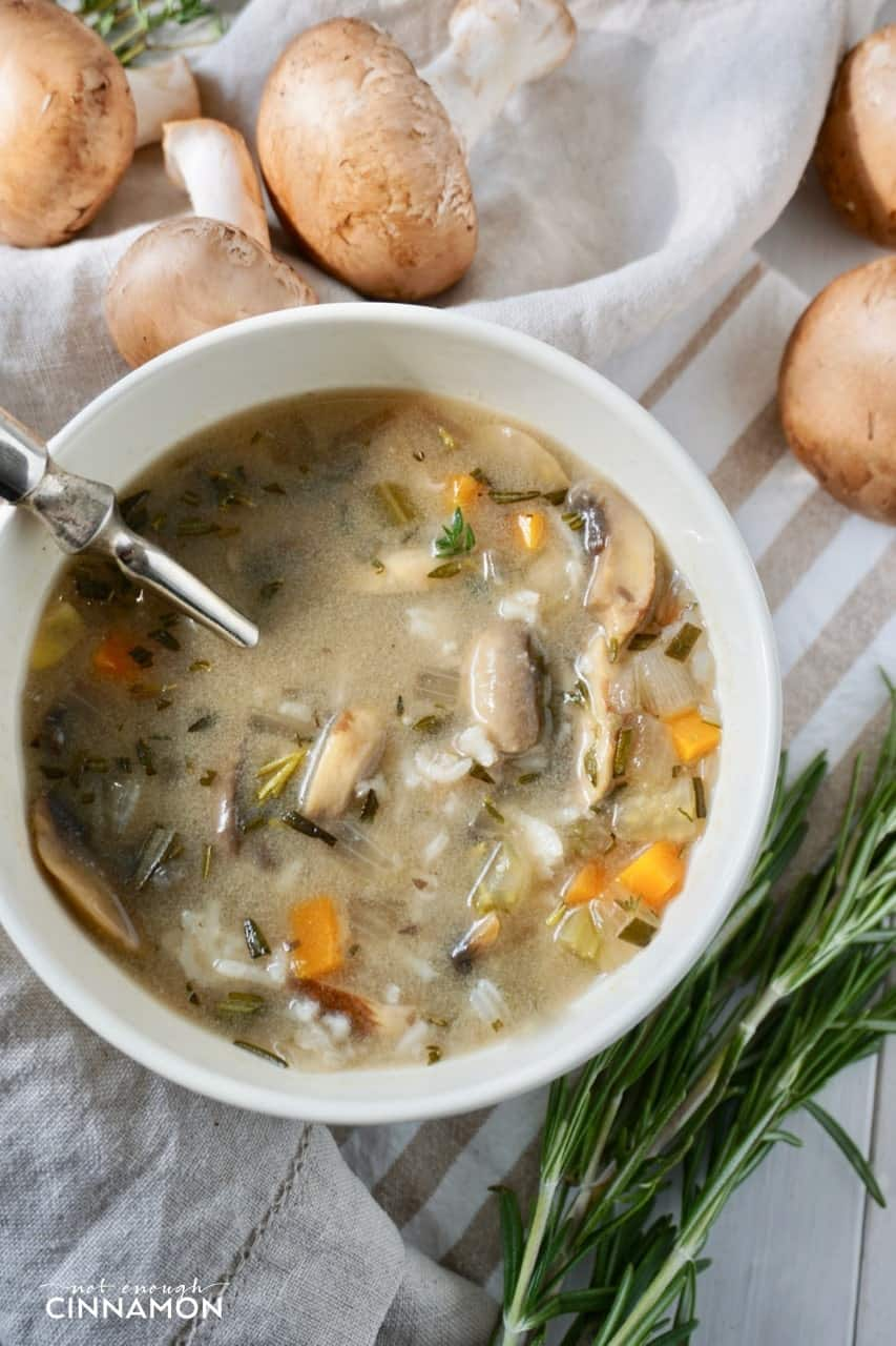 An easy mushroom soup that's super filling thanks to the addition of rice! #glutenfree #vegetarian #vegan #plantbased #eatclean #glutenfree
